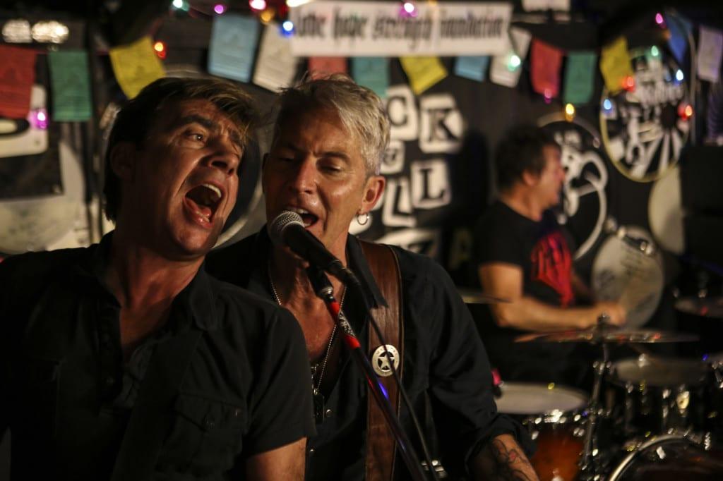International Swingers play Redballs Rock & Pizza, Los Angeles