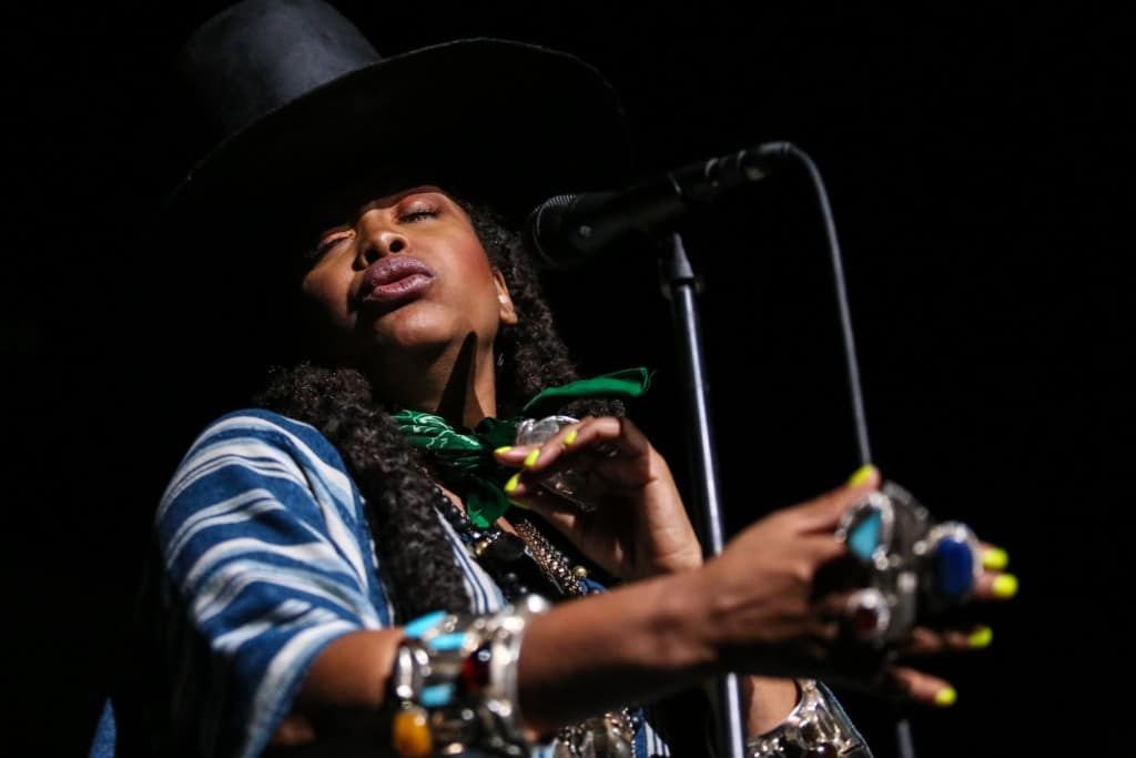 Erykah-Badu-Warfield-Music-Photography-Misti-Layne_67