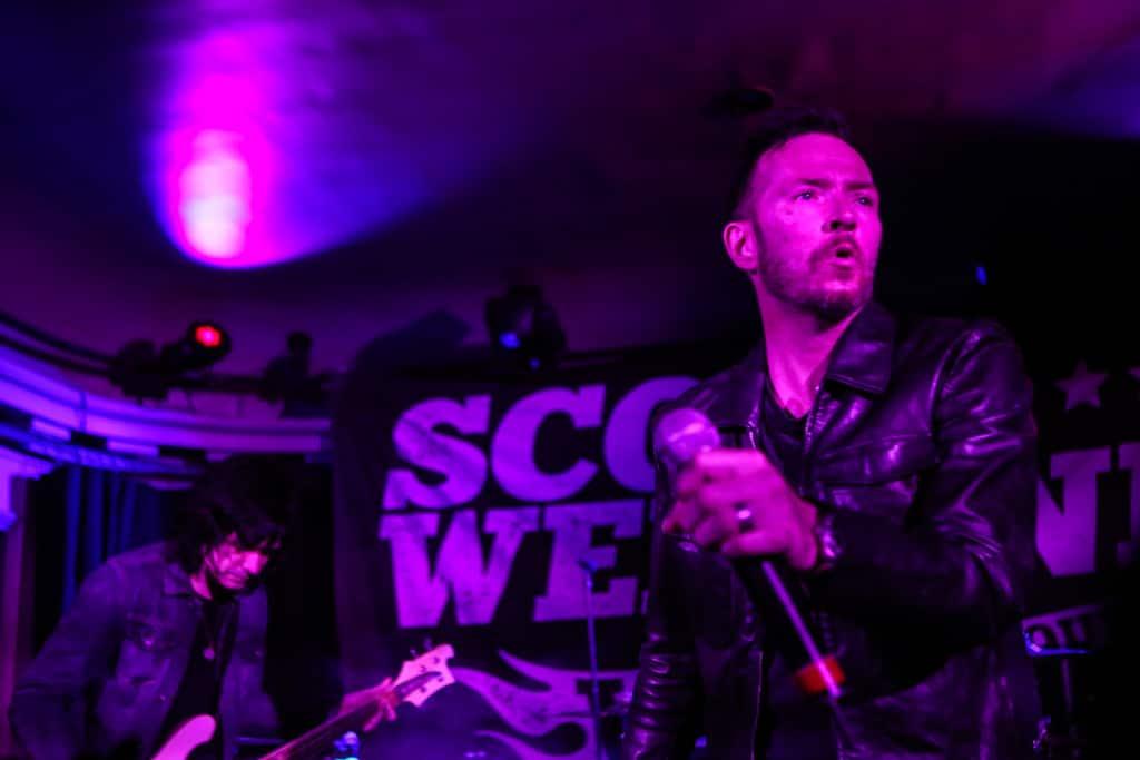 Scott-Weiland-Social-Hall-Misti-Layne_26
