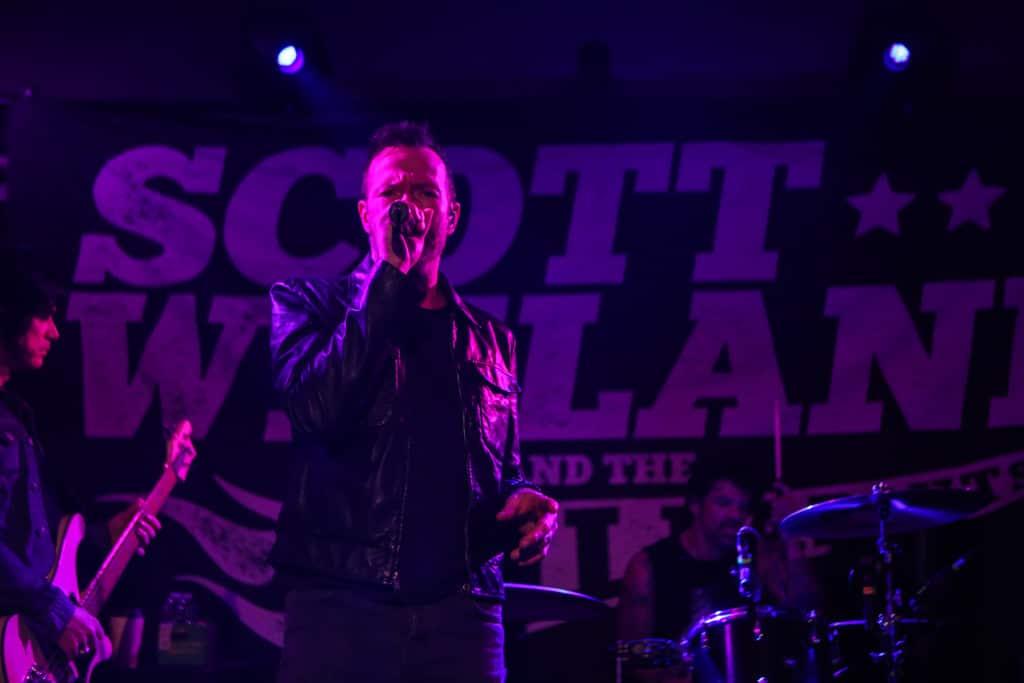 Scott Weiland Social-Hall-Misti-Layne_37