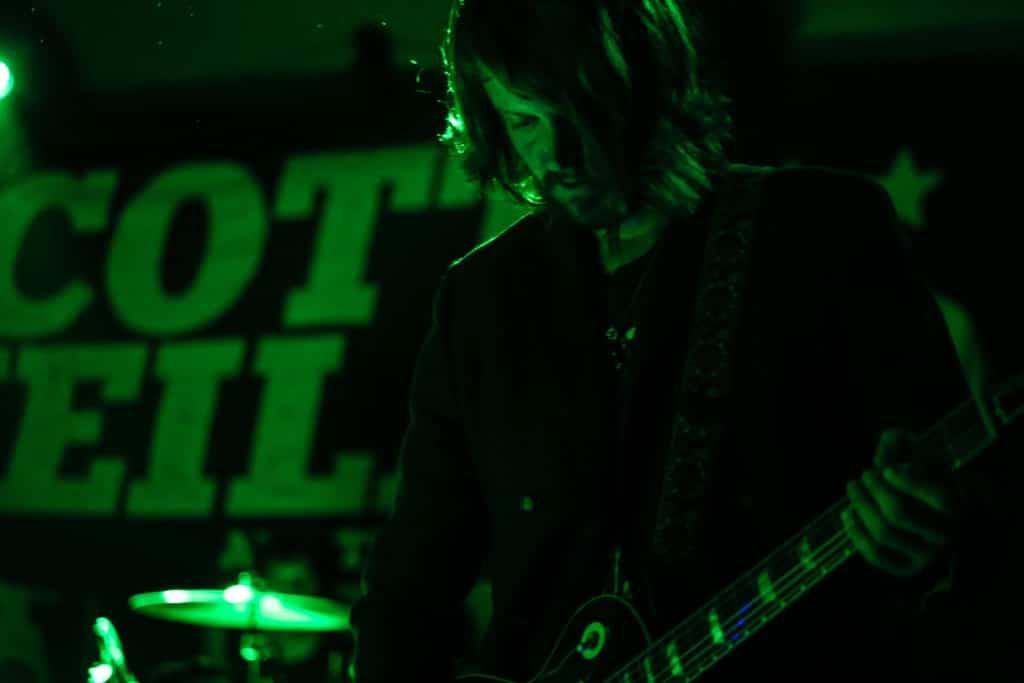 Scott Weiland Social-Hall-Misti-Layne_63